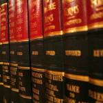 W wielu wypadkach obywatele żądają asysty prawnika