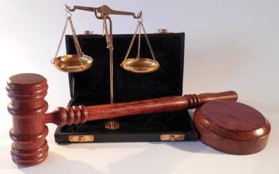 W czym potrafi nam wspomóc radca prawny? W których rozprawach i w jakich sferach prawa wesprze nam radca prawny?